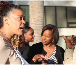 Tips For Networking With Other Professional Women